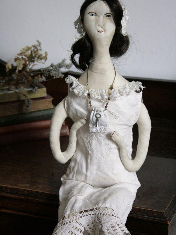 pantovola doll