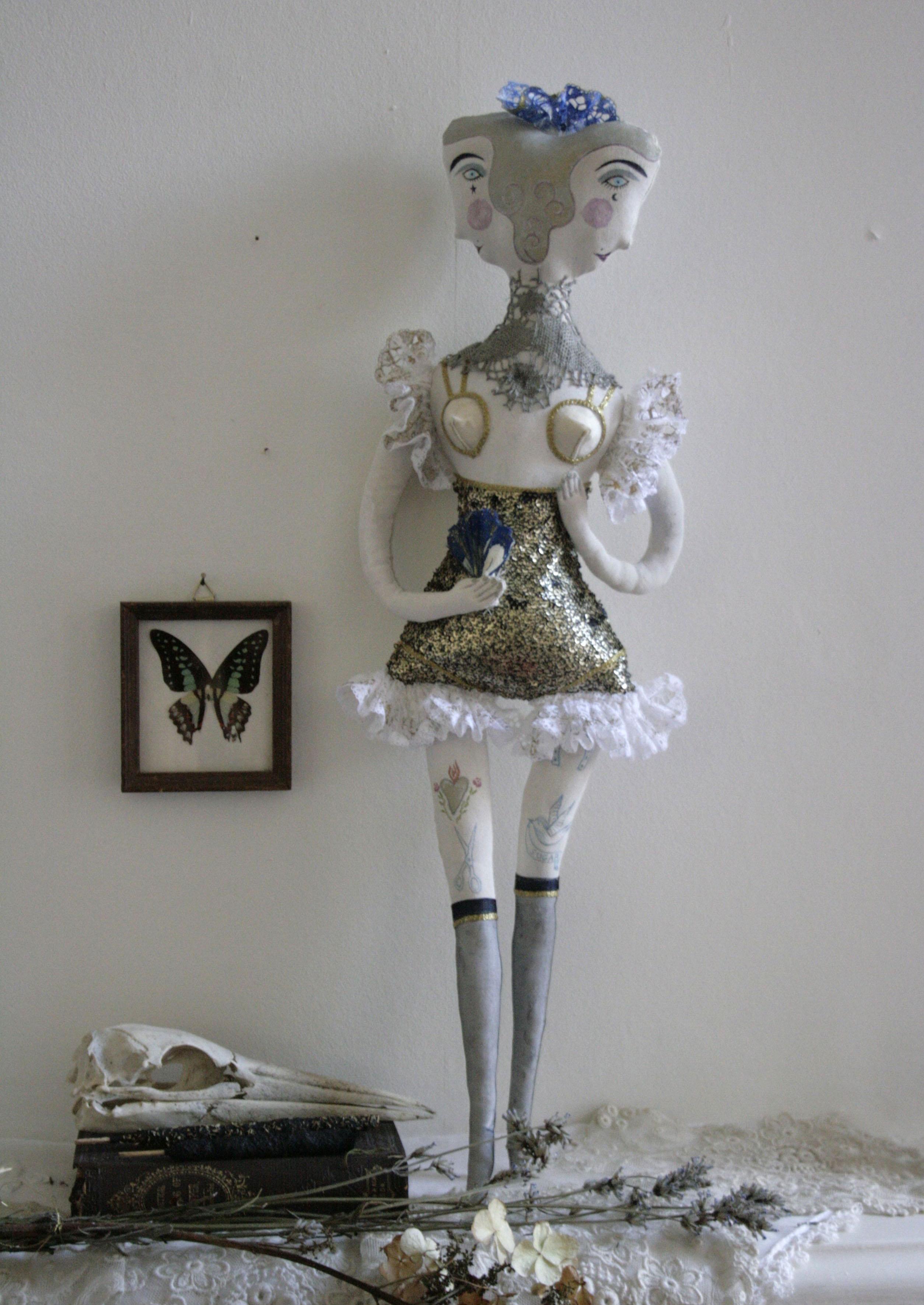 burlesque doll