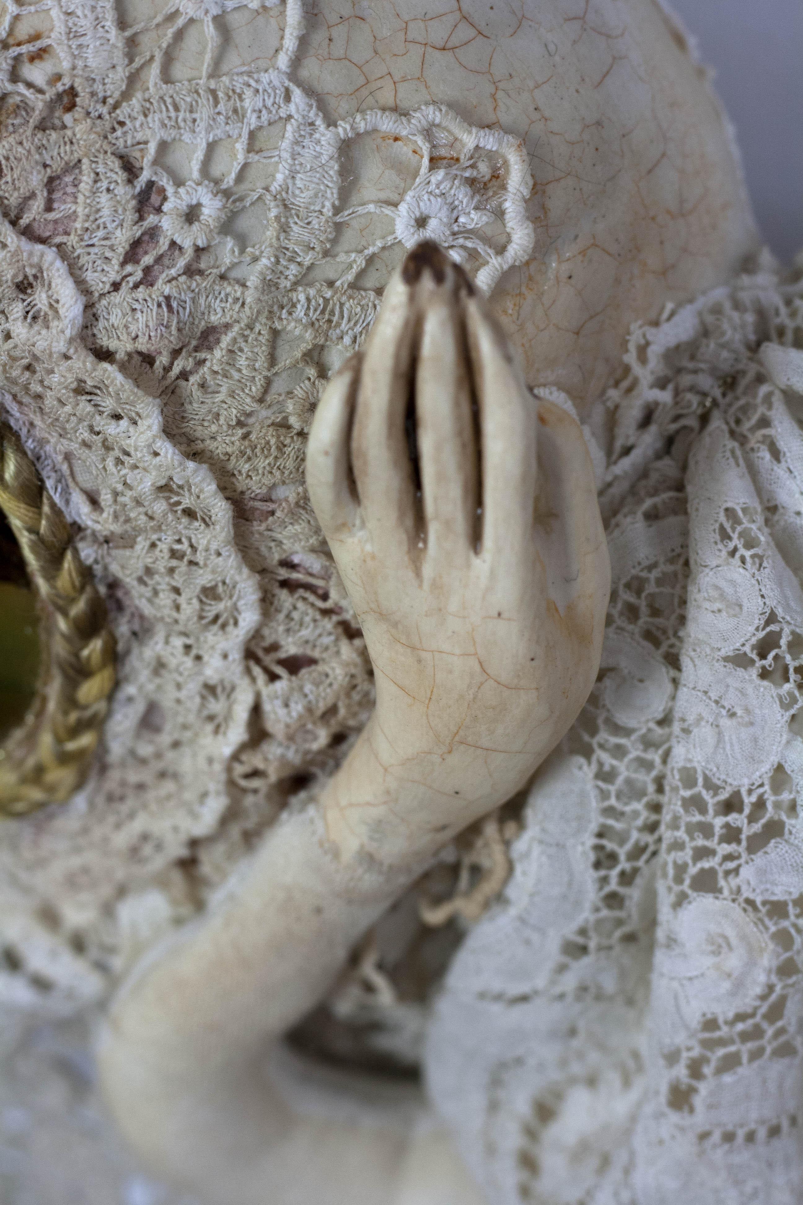 dolls hand