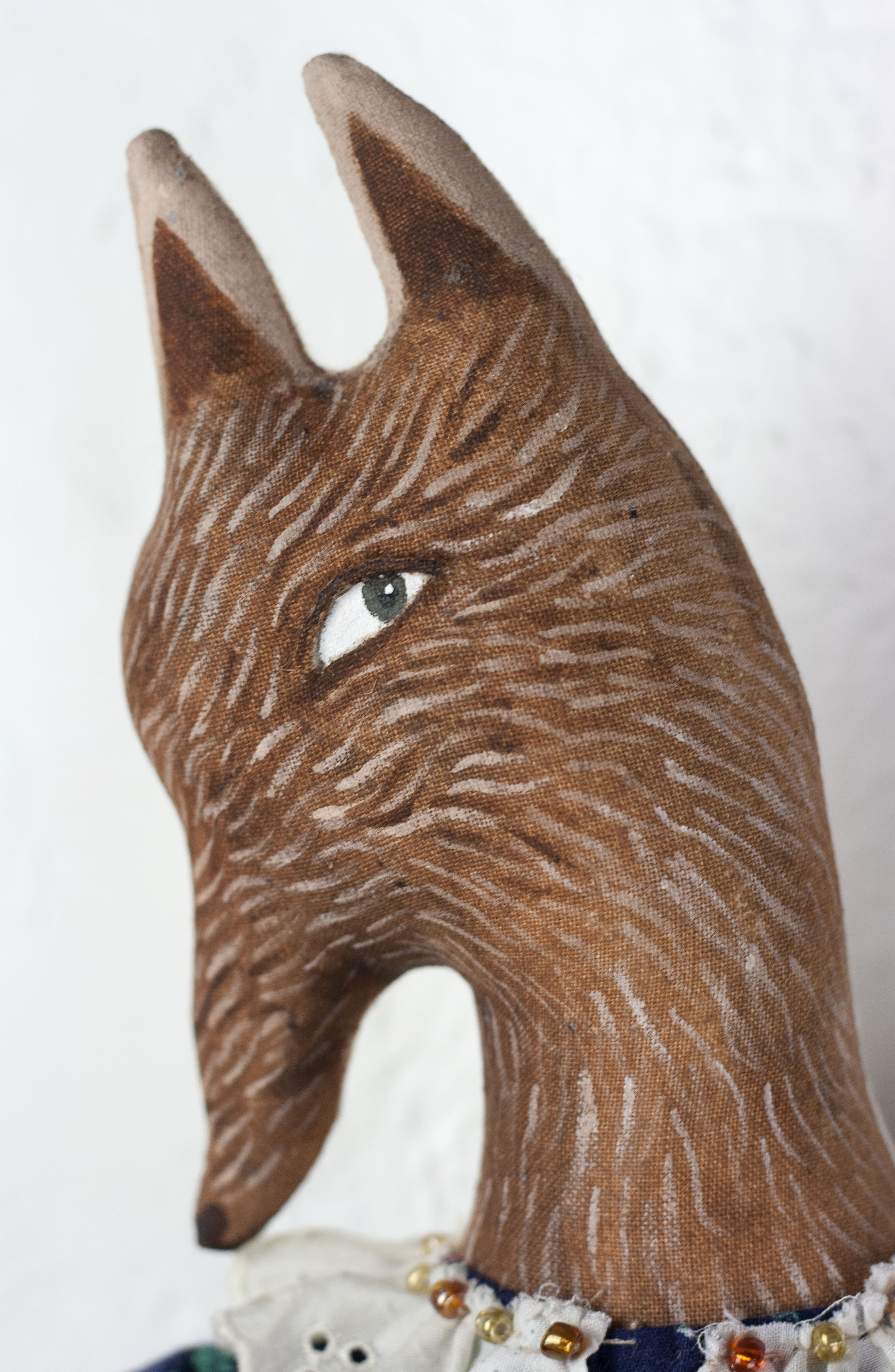 Red Wolf detail 5