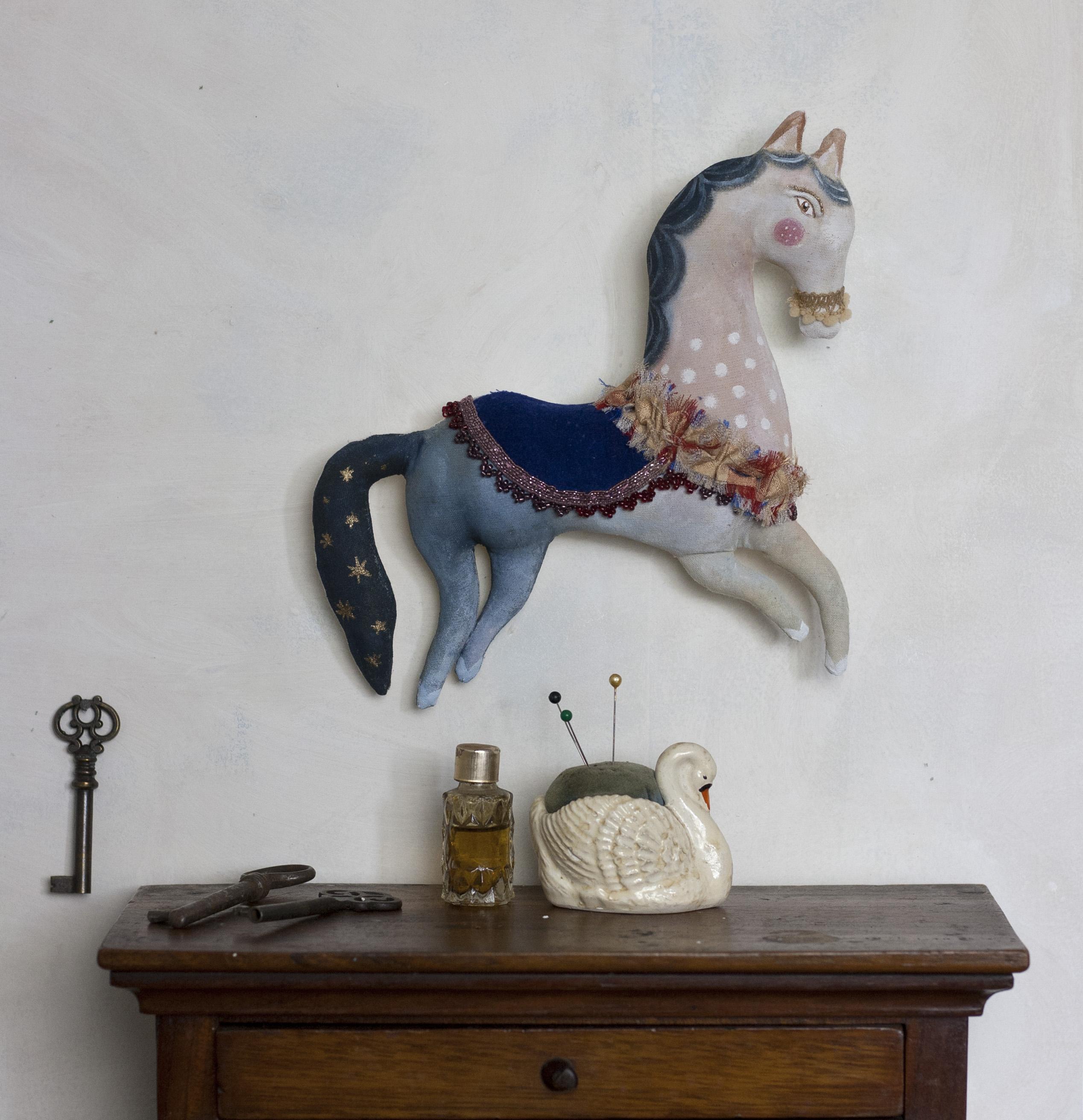 Pantovola Petit Horse 2