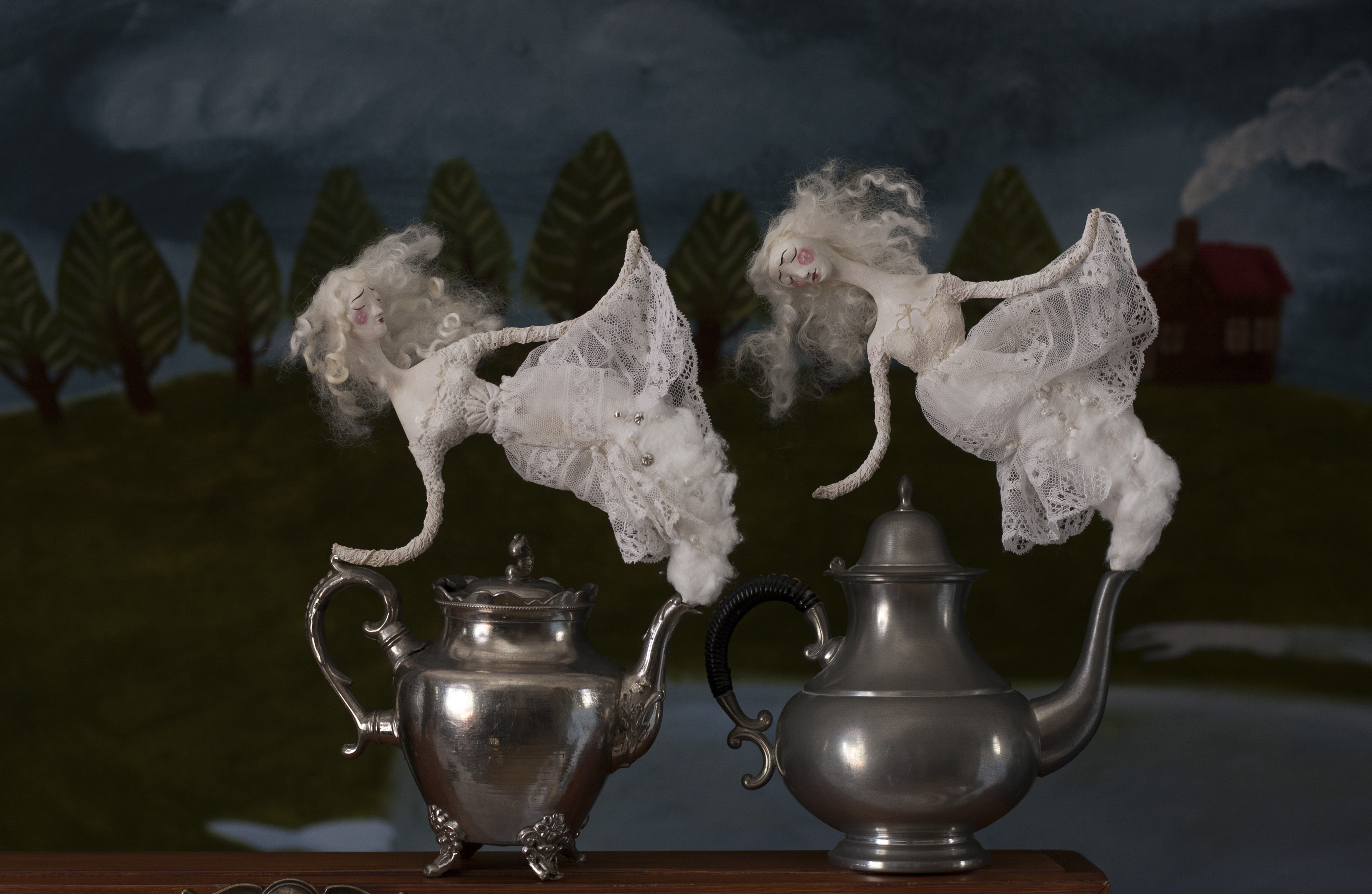 Lilith & Dorian Teapot Ghosts