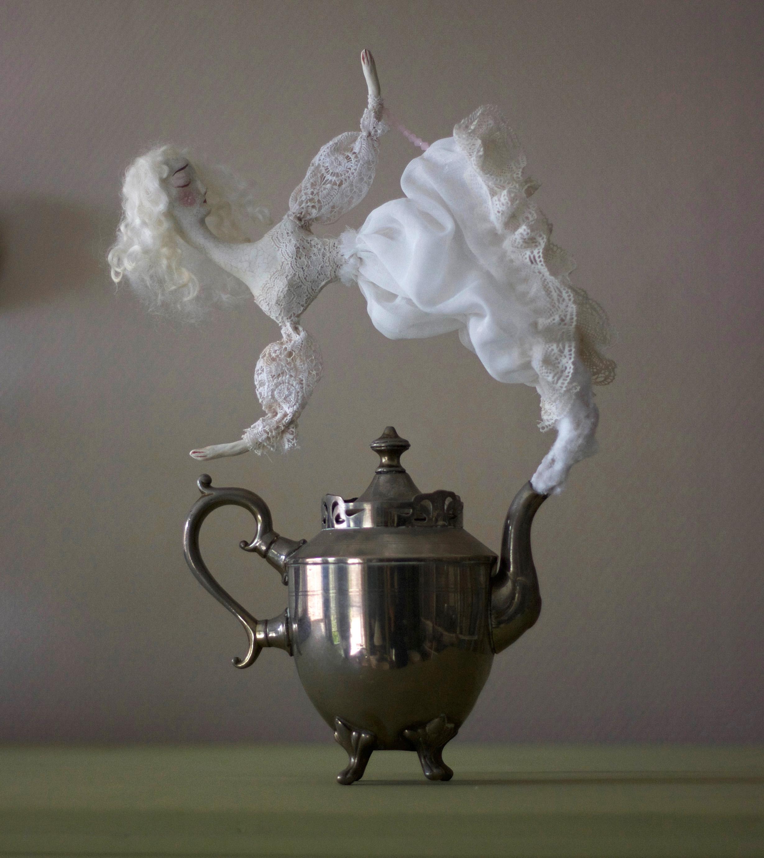 Gertrude Teapot Ghost